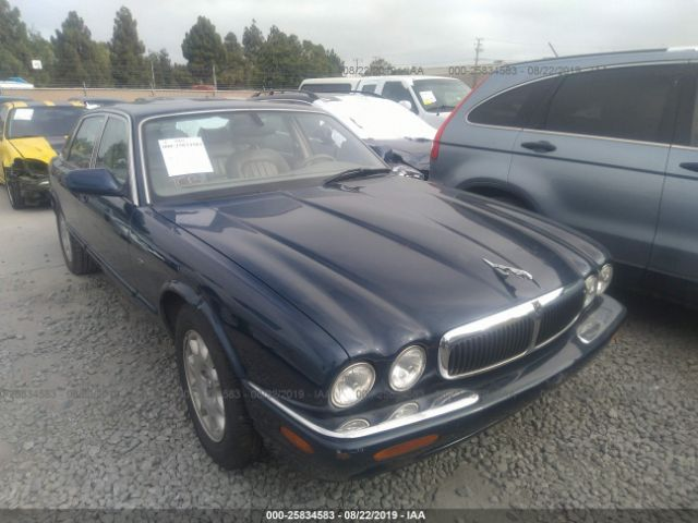 click here to view 2002 JAGUAR XJ8 at IBIDSAFELY