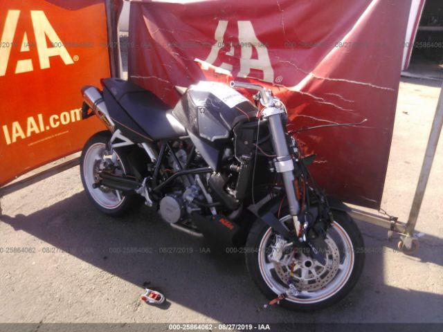 click here to view 2008 KTM 990 at IBIDSAFELY