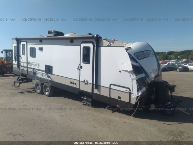 click here to view 2019 CRUISERRV RADIAN25RL at IBIDSAFELY