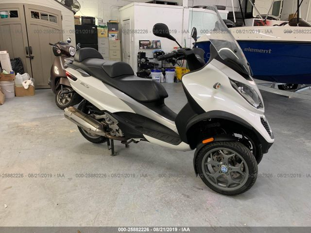 click here to view 2016 PIAGGIO MP3 at IBIDSAFELY