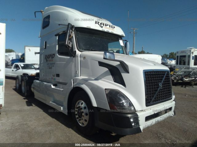 click here to view 2015 VOLVO VN at IBIDSAFELY
