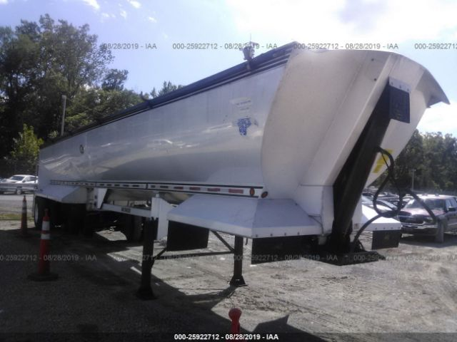 click here to view 2005 MAC TRAILER MFG DUMP at IBIDSAFELY
