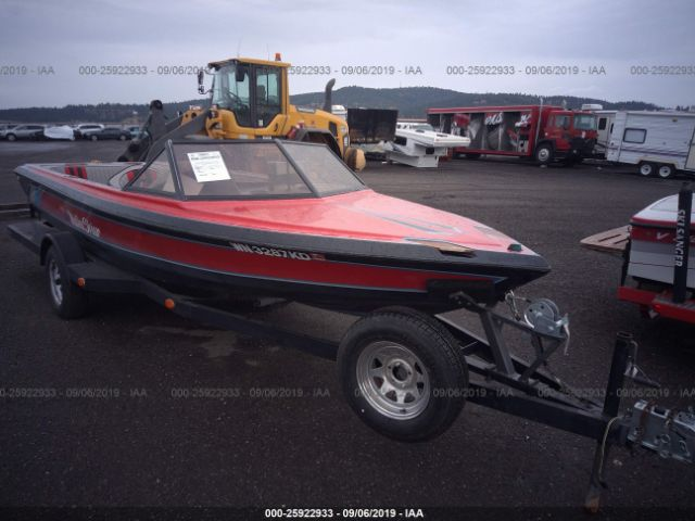 click here to view 1984 MALIBU BOAT & TRAILER at IBIDSAFELY