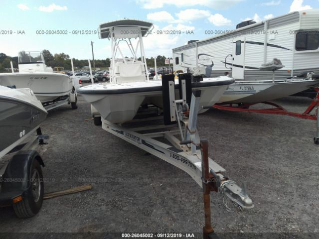 click here to view 1998 CARVER BOAT at IBIDSAFELY