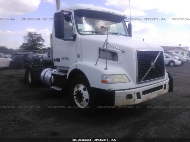 click here to view 2011 VOLVO VN at IBIDSAFELY