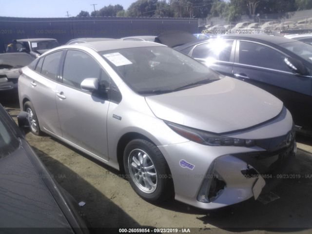 click here to view 2019 TOYOTA PRIUS PRIME at IBIDSAFELY