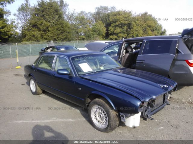 click here to view 1998 JAGUAR XJ8 at IBIDSAFELY