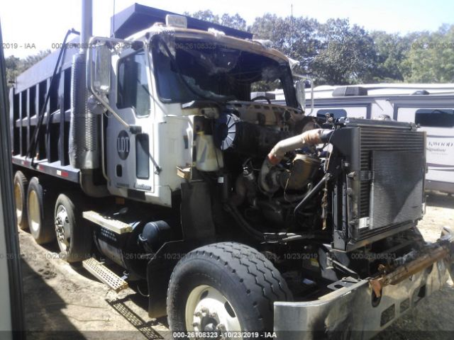 click here to view 2004 MACK 600 at IBIDSAFELY