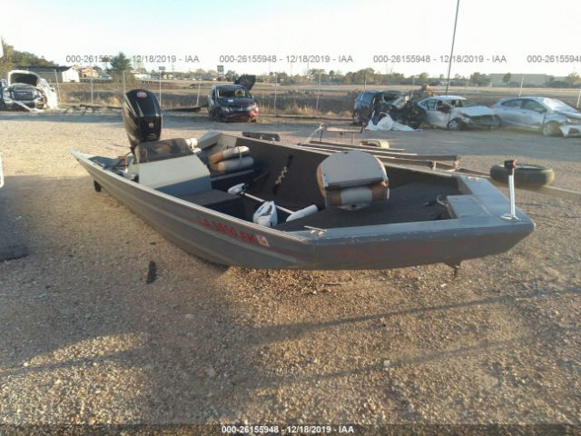 click here to view 2004 CUSTOM 16FT BOAT, 2 MOTORS, TRL at IBIDSAFELY
