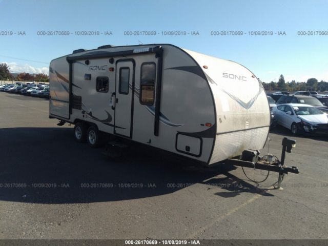 click here to view 2016 VENTURE RV SONIC 220VRB at IBIDSAFELY