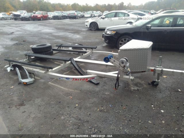 click here to view 2007 TRITON JETSKI TRAILER at IBIDSAFELY
