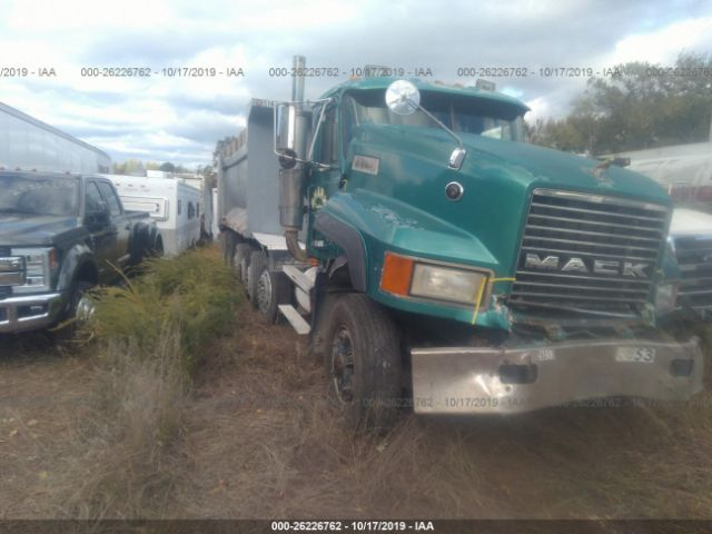 click here to view 1995 MACK CL713 at IBIDSAFELY