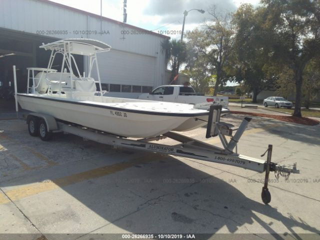 click here to view 1998 CARAVELLE CARVER at IBIDSAFELY