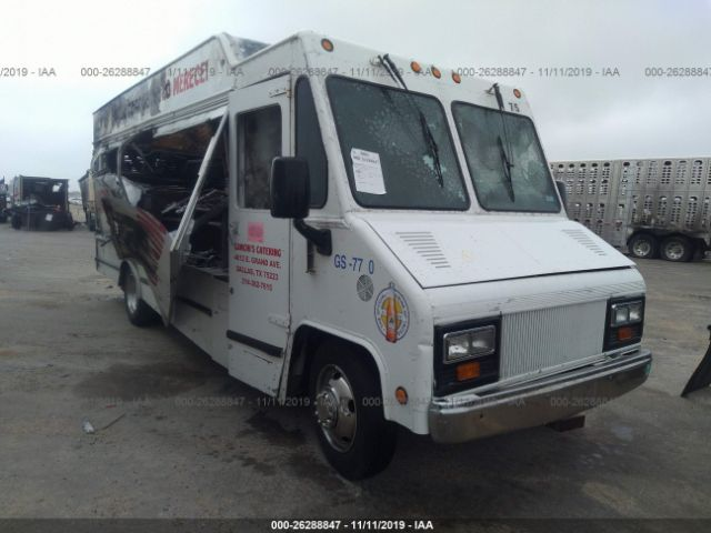 click here to view 2005 WORKHORSE CUSTOM CHASSIS P42 at IBIDSAFELY