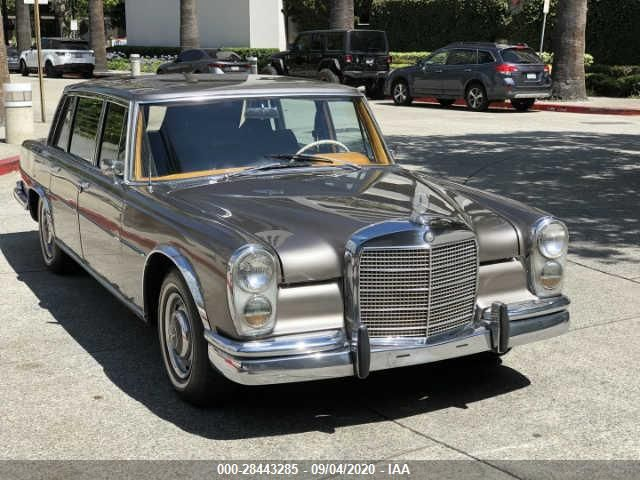 1965 MERCEDEZ BENZ