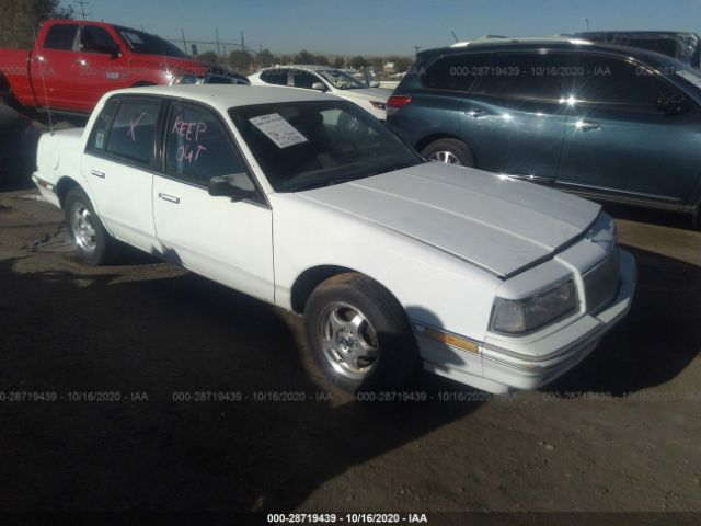 Global Auto Auctions: 1990 Buick
